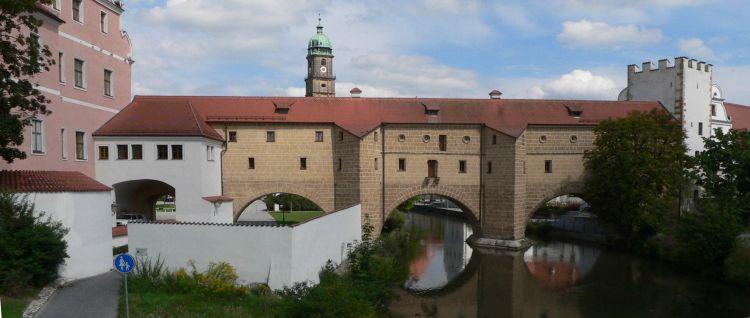 Ausflugsziele in Amberg Sehenswuerdigkeiten in der Oberpfalz Wahrzeichen Stadtbrille