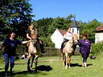 Reiturlaub mit den Eltern Reiterferien Urlaub auf dem Bauernhof