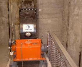 Bilder der Turbine Stomerzeugung mit Wasserkraft